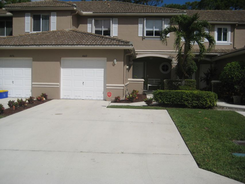 4660 Pinemore Lane  Lake Worth, FL 33463