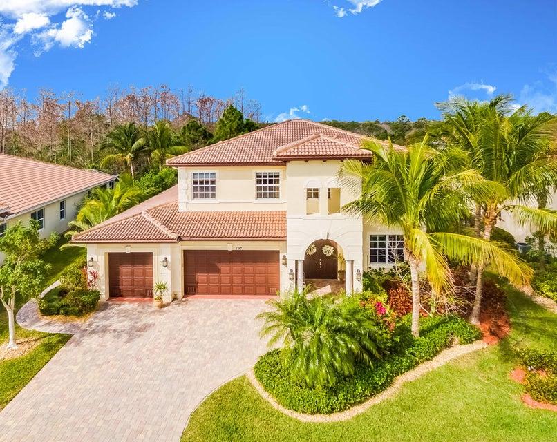 Casa Unifamiliar por un Venta en 197 Umbrella Place 197 Umbrella Place Jupiter, Florida 33458 Estados Unidos