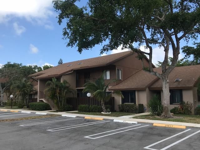 Condominium for Rent at 2245 SW 22nd Avenue # 2020 2245 SW 22nd Avenue # 2020 Delray Beach, Florida 33445 United States