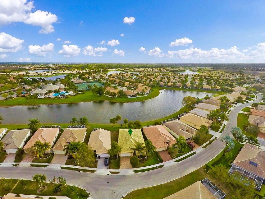 8580 Pine Cay West Palm Beach, FL 33411 photo 13