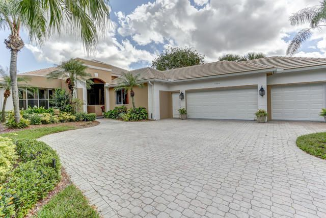 Single Family Home for Sale at 2504 SW Longwood Drive 2504 SW Longwood Drive Palm City, Florida 34990 United States