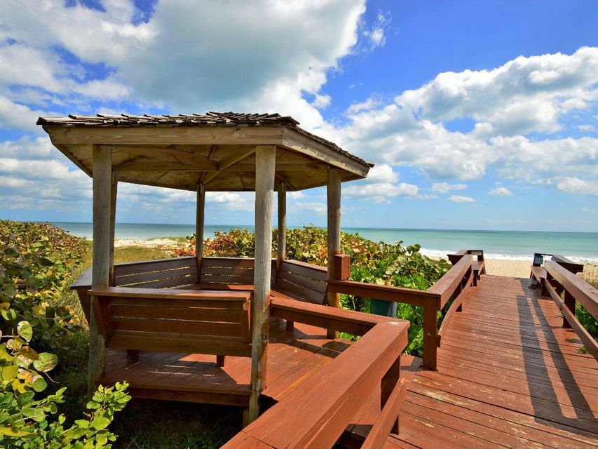 Condominium for Sale at 5049 N A1a # 305 5049 N A1a # 305 Hutchinson Island, Florida 34949 United States