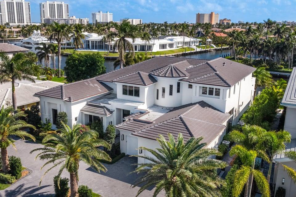 Частный односемейный дом для того Продажа на 434 S Maya Palm Drive 434 S Maya Palm Drive Boca Raton, Флорида 33432 Соединенные Штаты