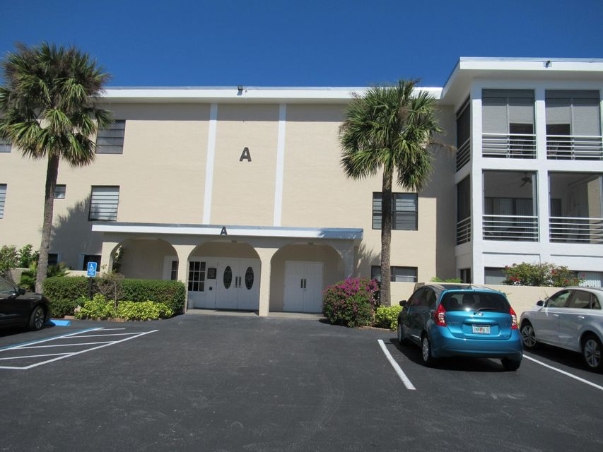 共管式独立产权公寓 为 销售 在 300 N A1a # 208A 300 N A1a # 208A 朱庇特, 佛罗里达州 33477 美国