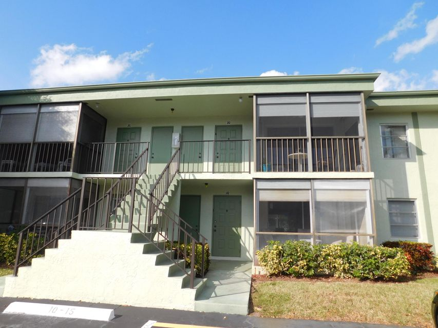 7531 S Oriole Boulevard, 102 - Delray Beach, Florida