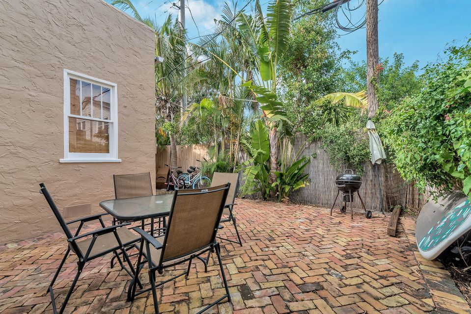 303 Central Drive West Palm Beach, FL 33405 small photo 14