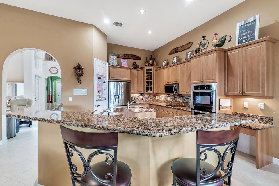 8413 Butler Greenwood Drive Royal Palm Beach, FL 33411 small photo 6