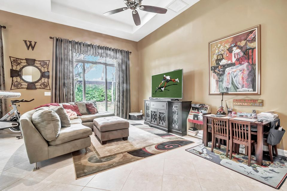 8413 Butler Greenwood Drive Royal Palm Beach, FL 33411 small photo 21