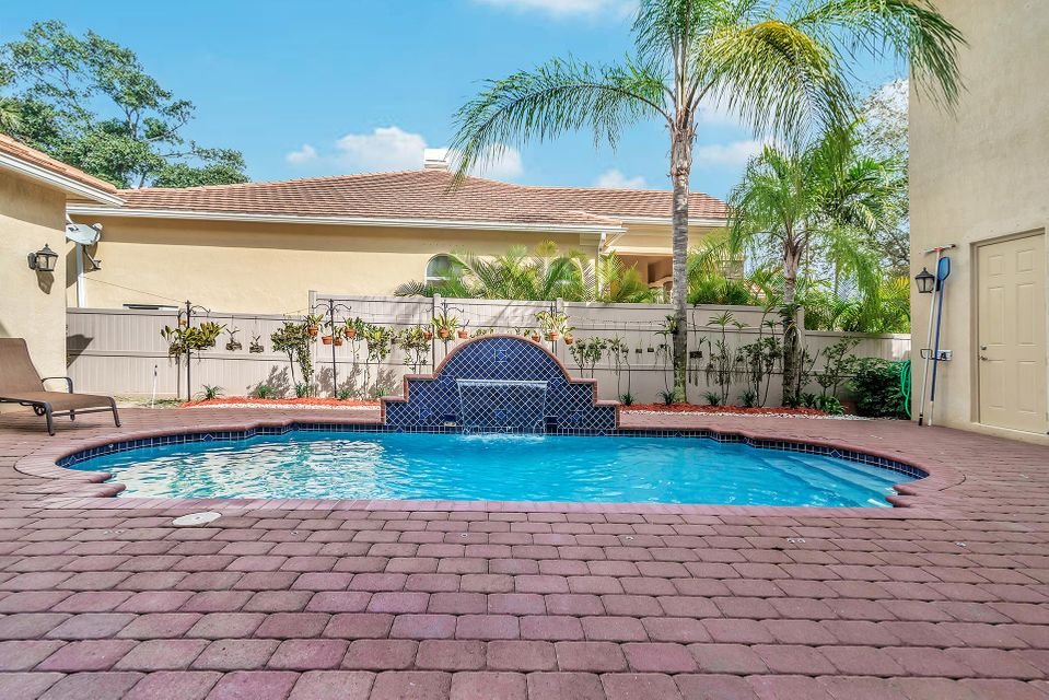 8413 Butler Greenwood Drive Royal Palm Beach, FL 33411 small photo 25