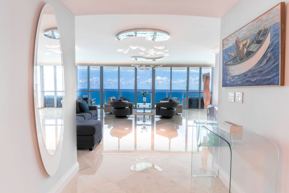 Condominium for Sale at 3101 S Ocean Drive # 2908 3101 S Ocean Drive # 2908 Hollywood, Florida 33019 United States