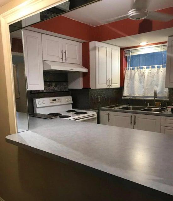 Condominium for Rent at 725 Lori Drive # 108 725 Lori Drive # 108 Palm Springs, Florida 33461 United States