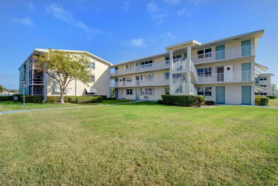 Condominium for Sale at 350 E Horizons # 307 350 E Horizons # 307 Boynton Beach, Florida 33435 United States