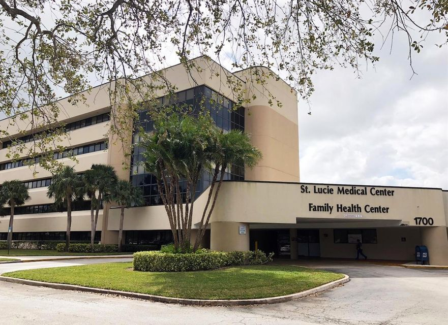 Commercial / Office for Sale at 1700 SE Hillmoor Drive # 305 1700 SE Hillmoor Drive # 305 Port St. Lucie, Florida 34952 United States