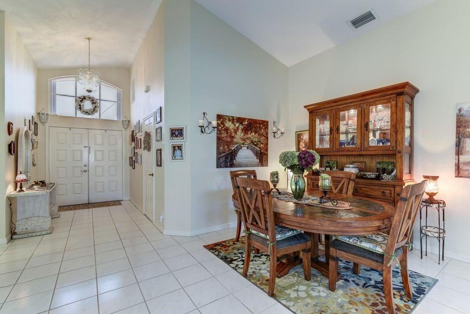 5031 Robino Circle West Palm Beach, FL 33417 photo 6