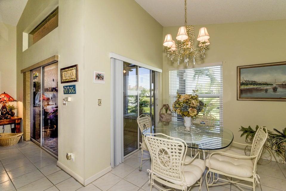 5031 Robino Circle West Palm Beach, FL 33417 photo 9