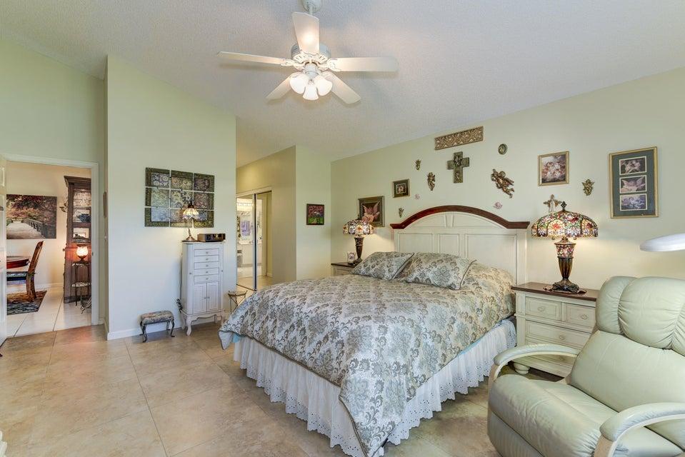 5031 Robino Circle West Palm Beach, FL 33417 photo 10