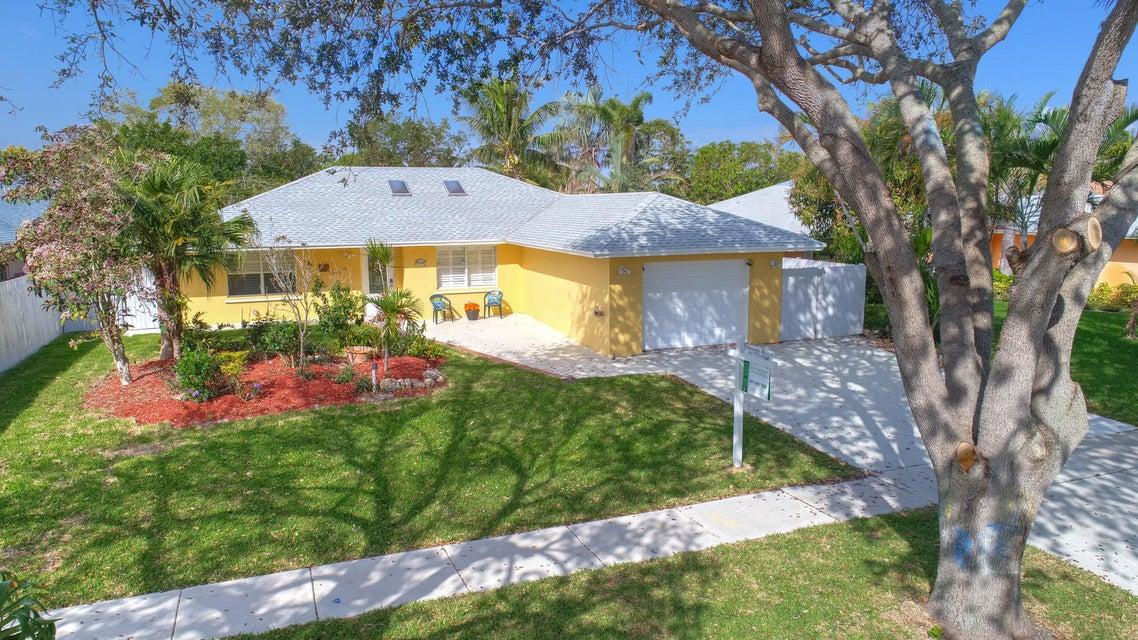 Home for sale in SUNNY HILLS HOMESITES Lantana Florida