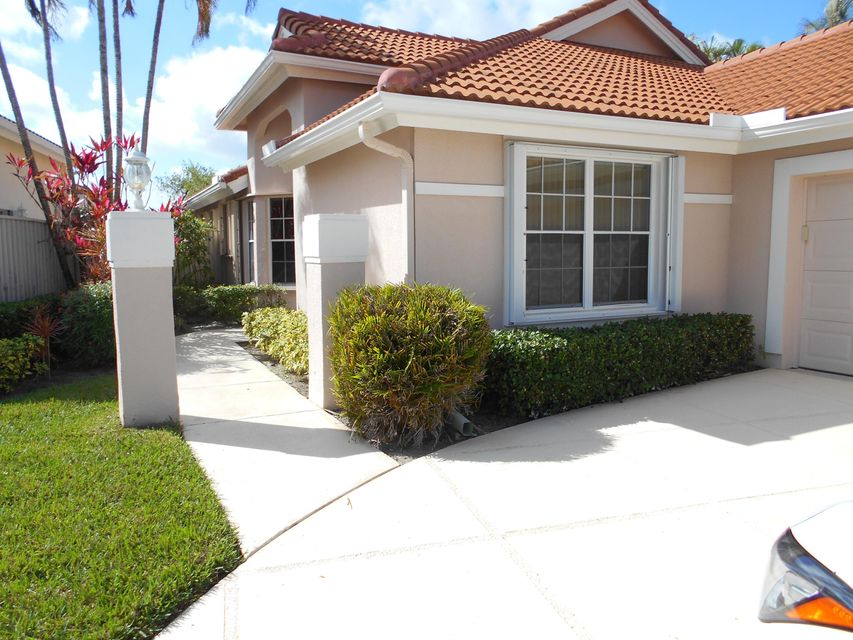 202 Eagleton Lake Boulevard , Palm Beach Gardens FL 33418 is listed for sale as MLS Listing RX-10408441 3 photos