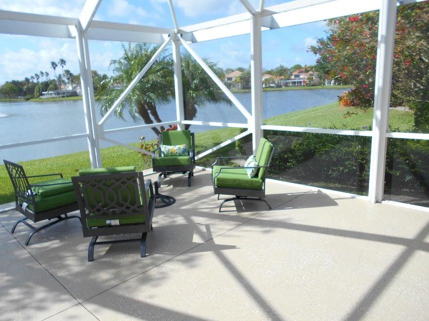202 Eagleton Lake Boulevard Palm Beach Gardens, FL 33418 photo 2