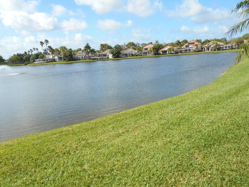 202 Eagleton Lake Boulevard Palm Beach Gardens, FL 33418 photo 3