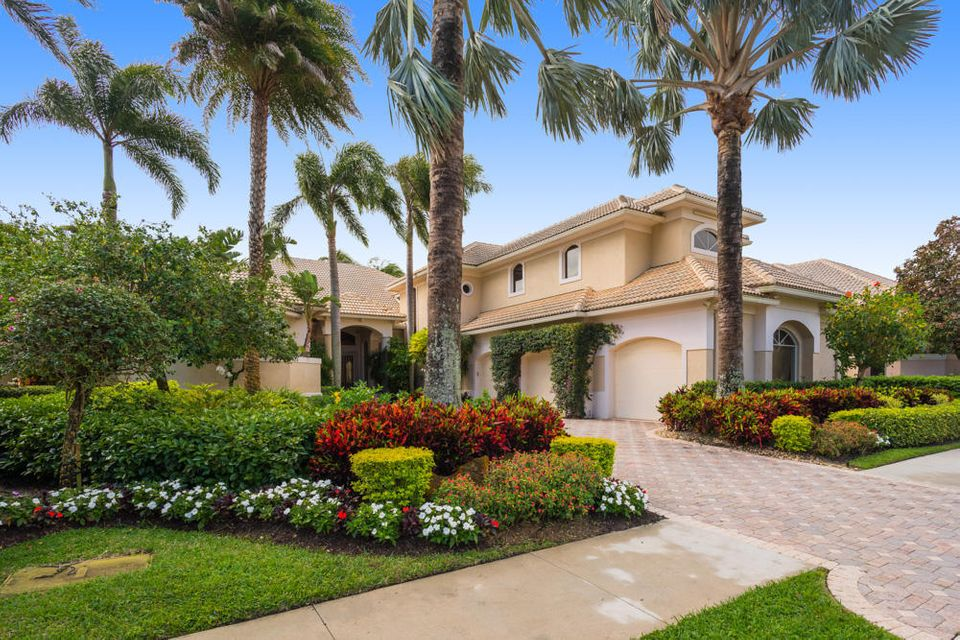 Single Family Home for Rent at 121 Pembroke Drive 121 Pembroke Drive Palm Beach Gardens, Florida 33418 United States