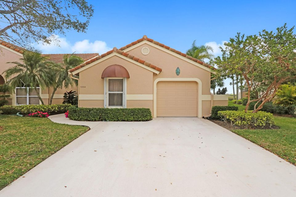 1004 Mahogany Place , Palm Beach Gardens FL 33418 is listed for sale as MLS Listing RX-10406979 27 photos
