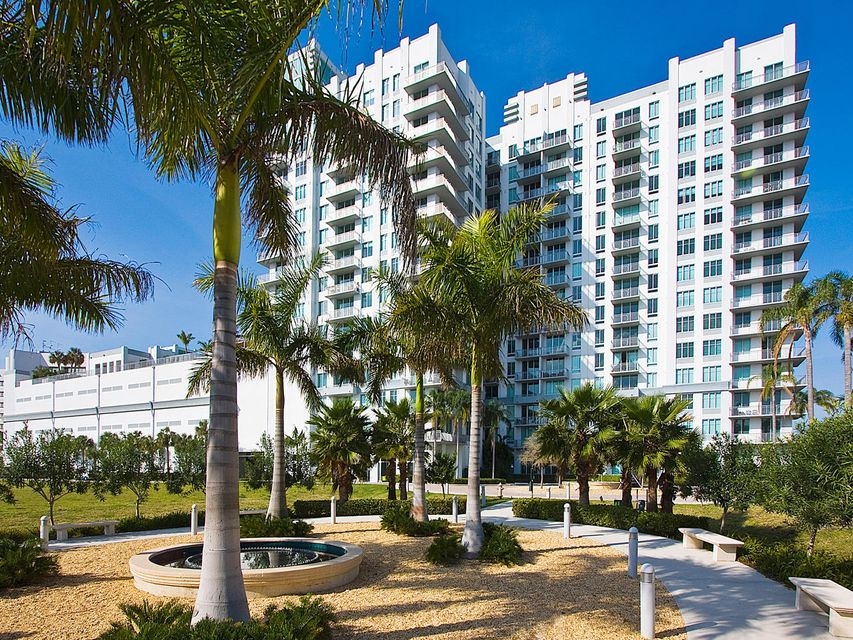 Apartment for Rent at 300 S Australian Avenue # 819 300 S Australian Avenue # 819 West Palm Beach, Florida 33401 United States
