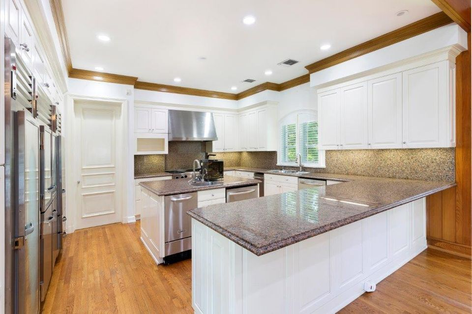 3500  Polo Drive , Gulf Stream FL 33483 is listed for sale as MLS Listing RX-10405033 photo #10