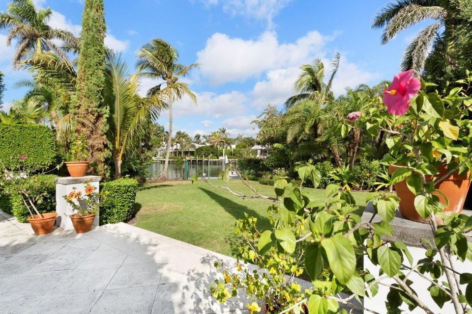 3500  Polo Drive , Gulf Stream FL 33483 is listed for sale as MLS Listing RX-10405033 photo #34