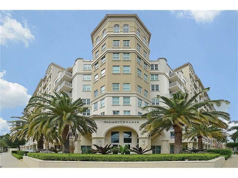 Condominium for Rent at 99 SE Mizner Boulevard # 824 99 SE Mizner Boulevard # 824 Boca Raton, Florida 33432 United States