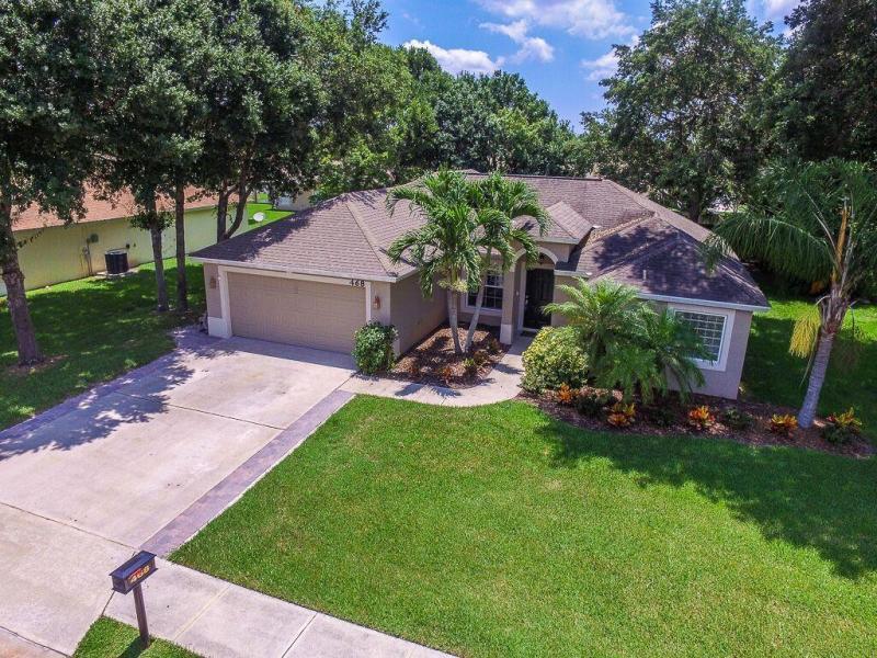 Single Family Home for Sale at 468 High Hawk Circle 468 High Hawk Circle Vero Beach, Florida 32962 United States
