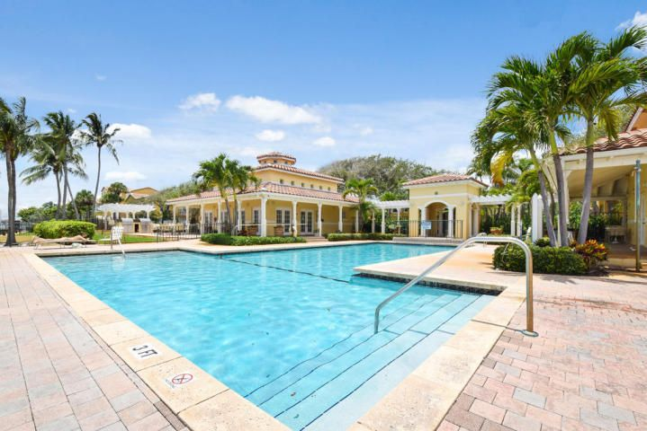 Condominium for Rent at 1105 Lake Shore Drive # 102 1105 Lake Shore Drive # 102 Lake Park, Florida 33403 United States