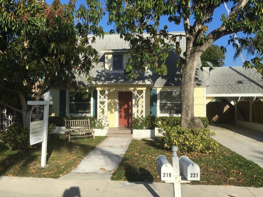 Duplex for Sale at 219 SE 3rd Avenue 219 SE 3rd Avenue Delray Beach, Florida 33483 United States