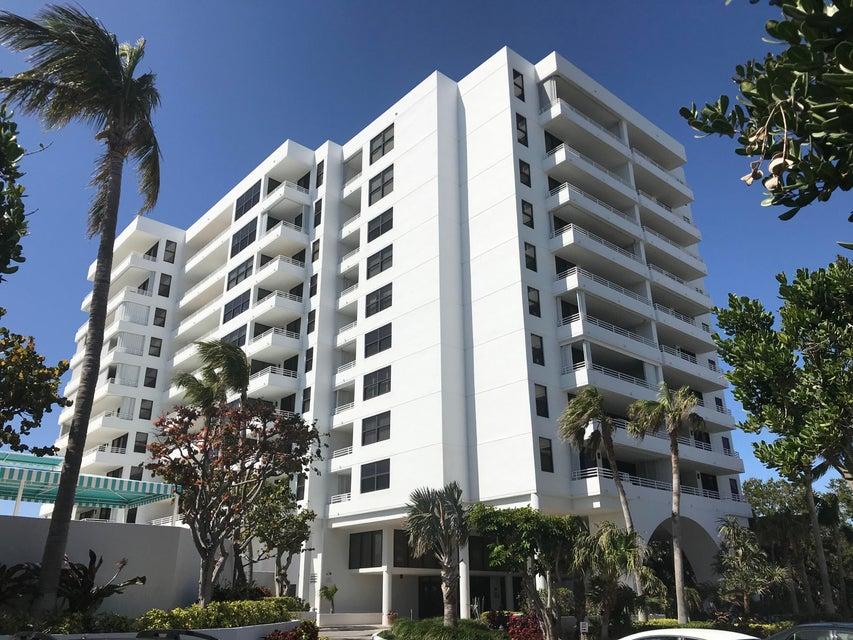 共管式独立产权公寓 为 销售 在 3450 S Ocean Boulevard # 404 3450 S Ocean Boulevard # 404 高地海滩, 佛罗里达州 33487 美国