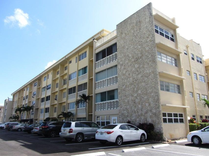 Condominium for Sale at 329 SE 3rd Street # 405t 329 SE 3rd Street # 405t Hallandale Beach, Florida 33009 United States