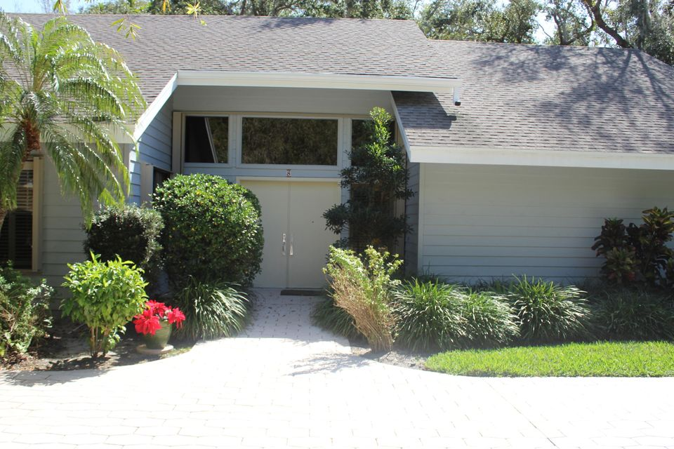 Single Family Home for Sale at 8 Kingston Court 8 Kingston Court Stuart, Florida 34996 United States