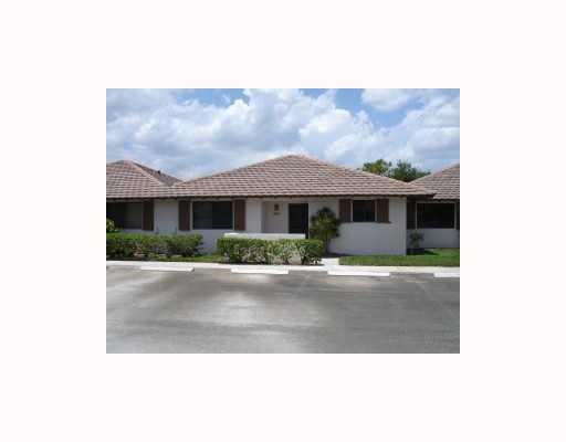303 Club Drive Palm Beach Gardens,Florida 33418,2 Bedrooms Bedrooms,2 BathroomsBathrooms,A,Club,RX-10409467
