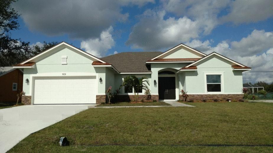 Single Family Home for Sale at 909 SW Kappa Avenue 909 SW Kappa Avenue Port St. Lucie, Florida 34953 United States