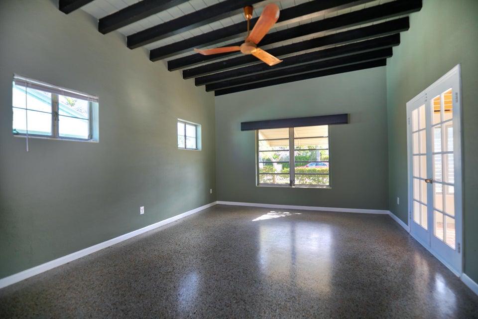 1701 N Lakeside Drive Lake Worth, FL 33460 photo 9