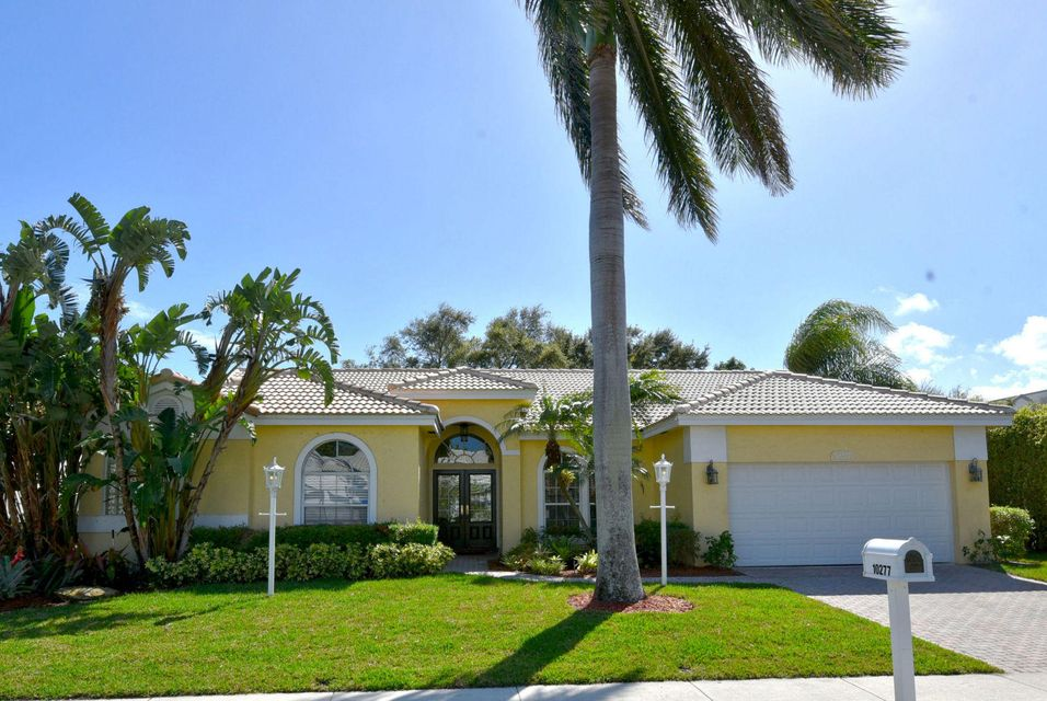 10277 Allamanda Boulevard , Palm Beach Gardens FL 33410 is listed for sale as MLS Listing RX-10408816 30 photos