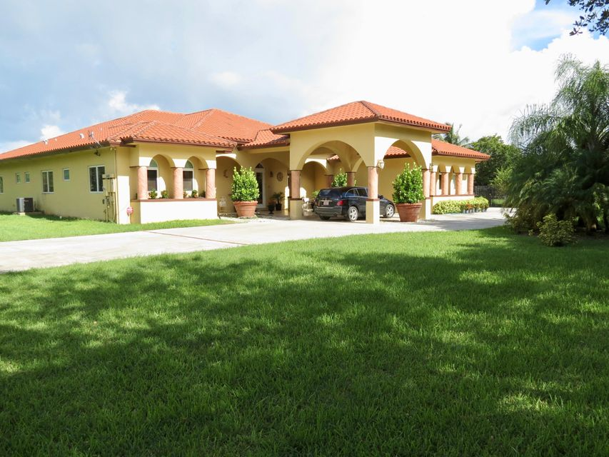 Single Family Home for Sale at 34405 SW 214th Avenue 34405 SW 214th Avenue Homestead, Florida 33034 United States