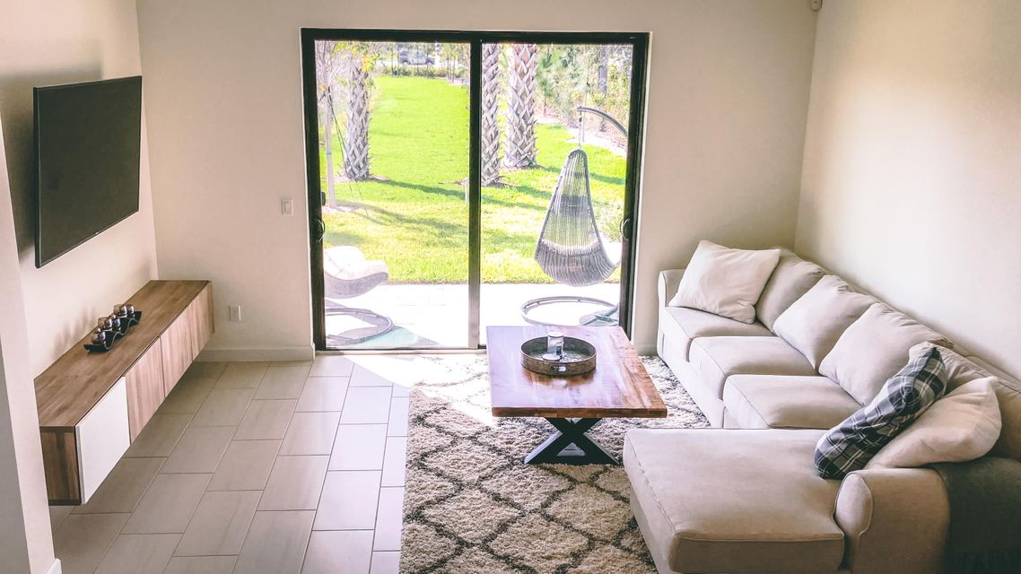 Single Family Home for Rent at 4339 Buena Tara Drive 4339 Buena Tara Drive West Palm Beach, Florida 33413 United States