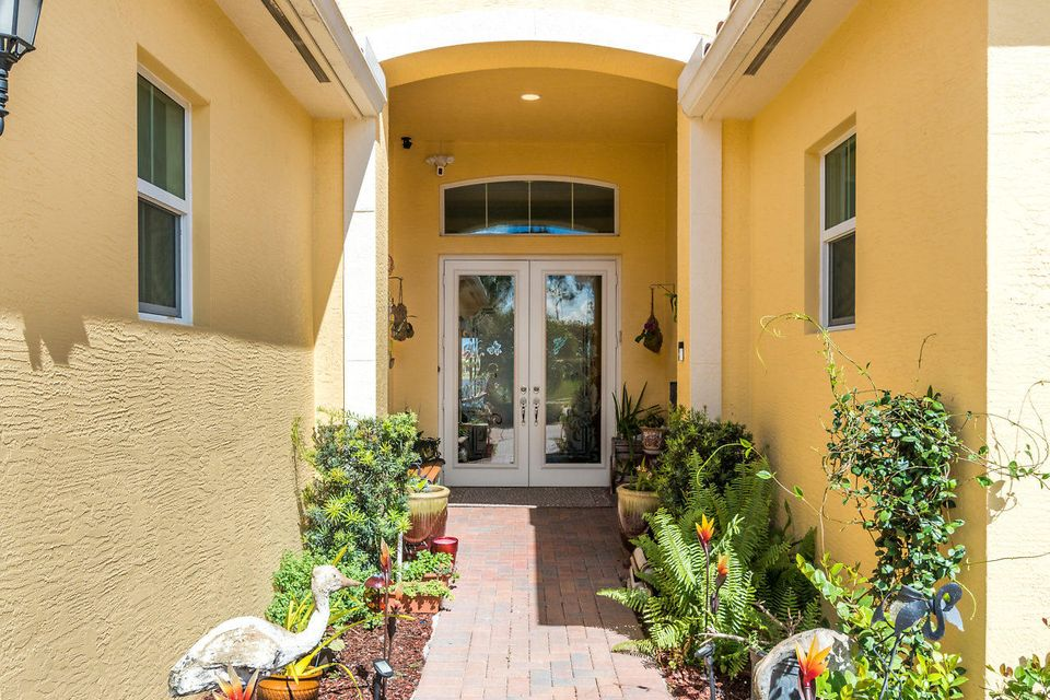2948 Bellarosa Circle  Royal Palm Beach, FL 33411