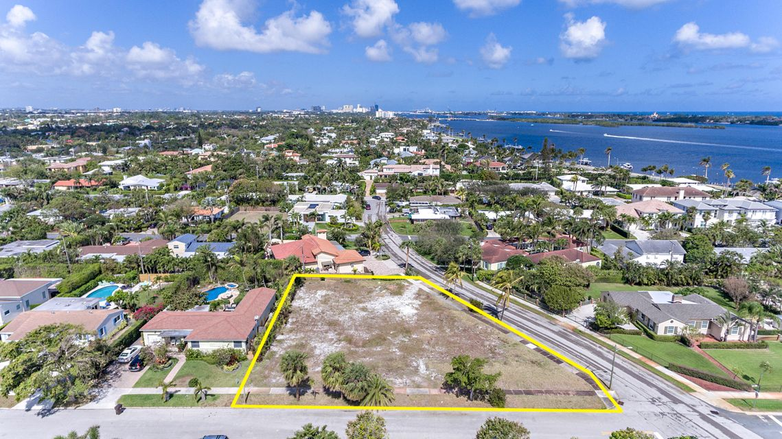 201 Bloomfield Drive - West Palm Beach, Florida