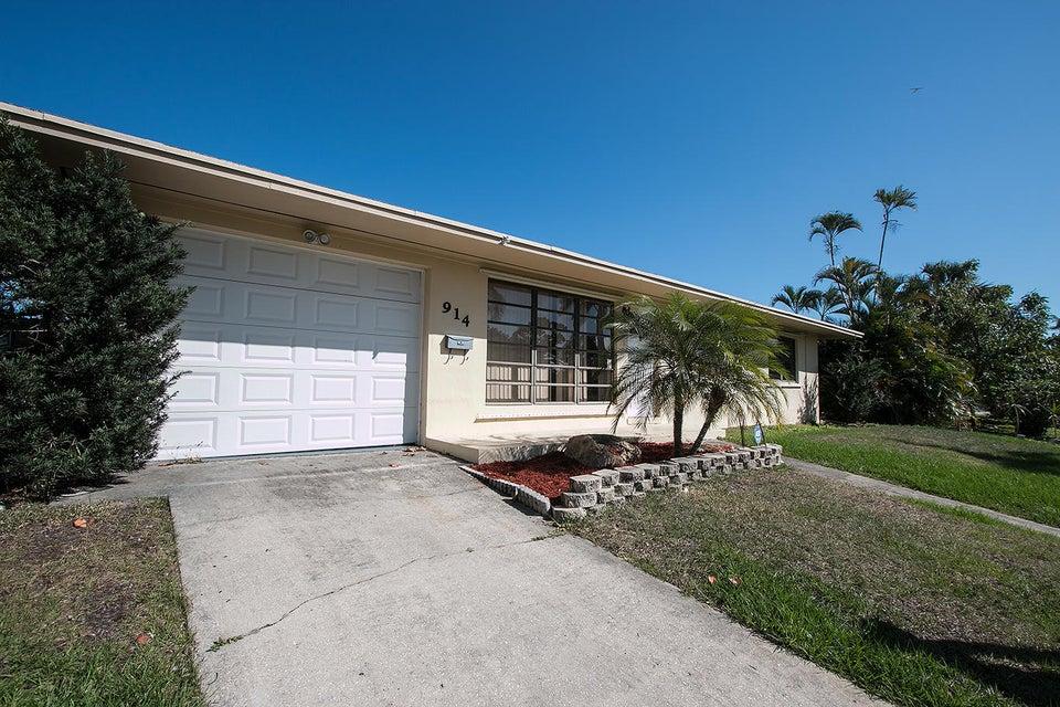 914 Wright Drive Lake Worth, FL 33461 photo 18