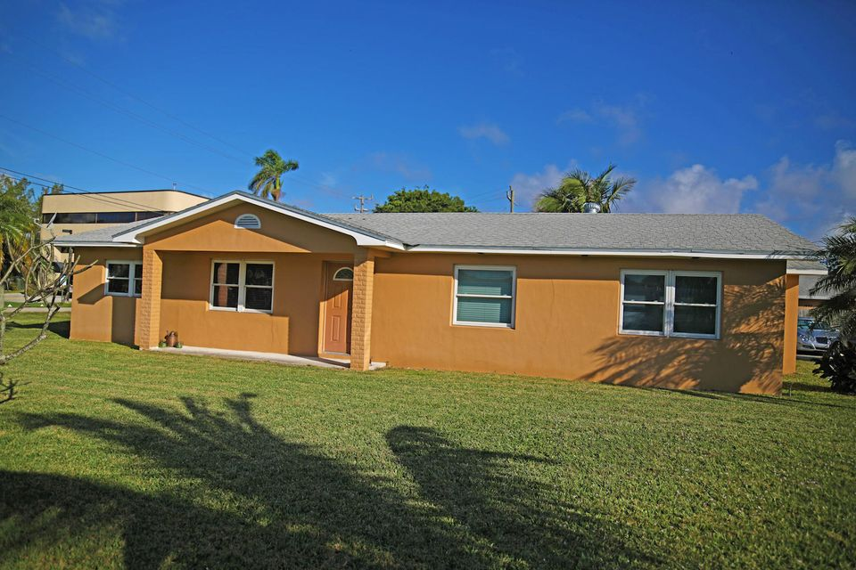 Home for sale in SUBURBAN HOMES West Palm Beach Florida