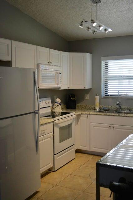 2600 Greenwood Terrace 202  Boca Raton FL 33431