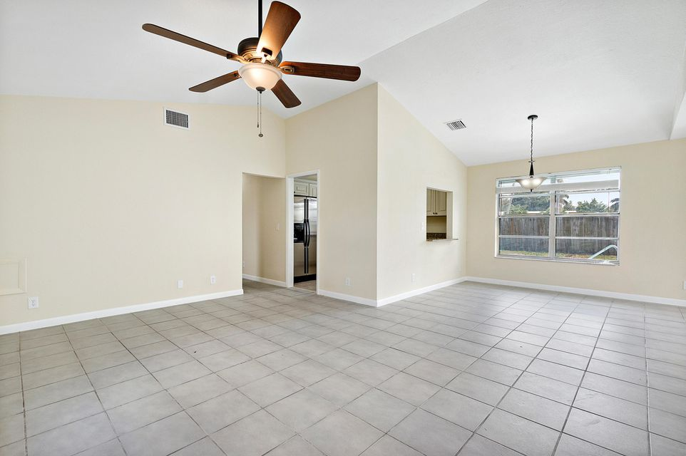 1068 Concert Way Royal Palm Beach, FL 33411 photo 7
