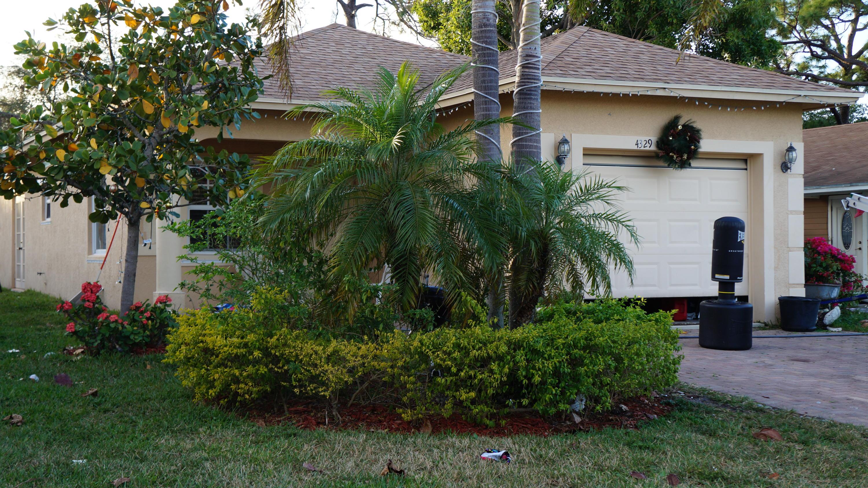 Single Family Home for Sale at 4311 Urquhart Street 4311 Urquhart Street Lake Worth, Florida 33461 United States
