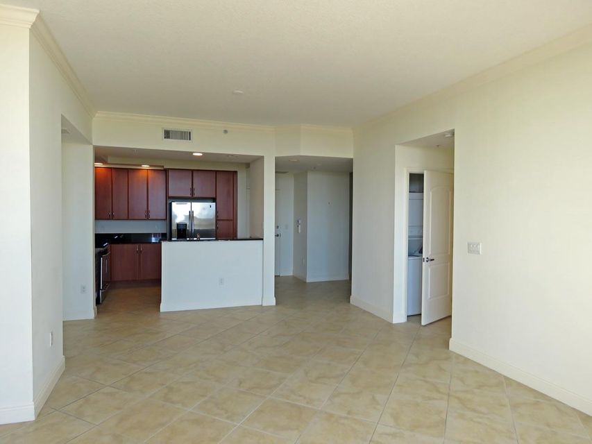 Condominium for Rent at 801 S Olive Avenue # 702 801 S Olive Avenue # 702 West Palm Beach, Florida 33401 United States